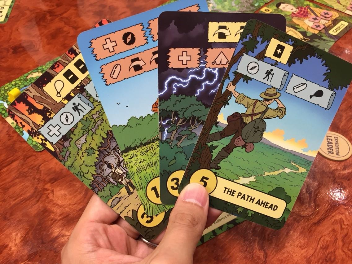 ロスト・エクスペディション(The Lost Expedition):手札を配る
