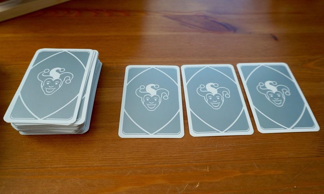 111カードゲーム/マイラミー111 (MyRummy 111)